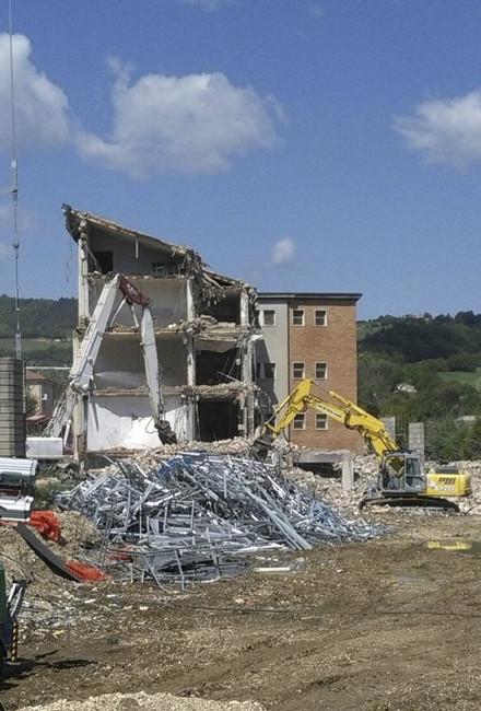 itis demolizione terremoto