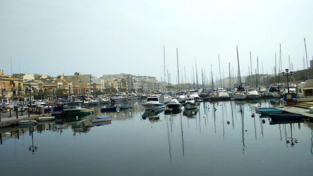 Malta, Pietà